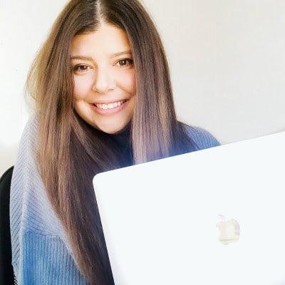 Whitney DeBerry, happy Buzzworthy client